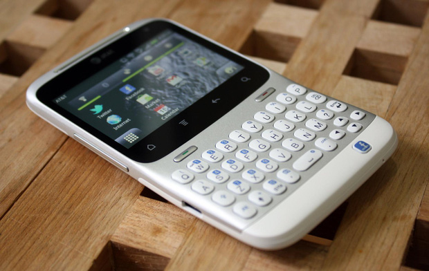 7 chiếc smartphone thuộc hàng thảm họa thiết kế - Ảnh 7.
