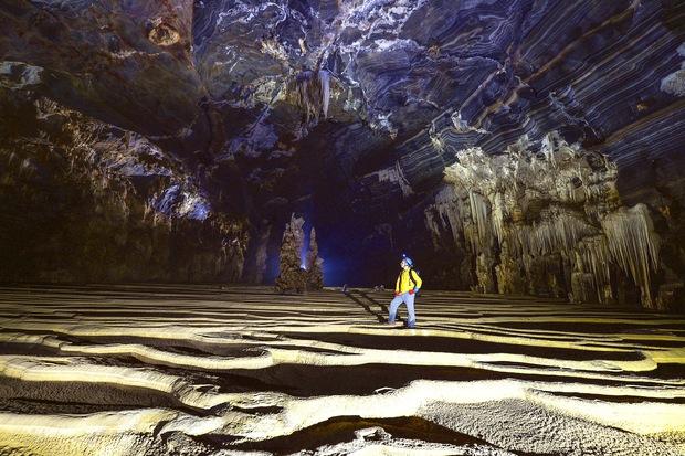 Không chỉ Sơn Đoòng, Quảng Bình còn có một hang động khác hoang sơ và đẹp đến ngạt thở! - Ảnh 19.
