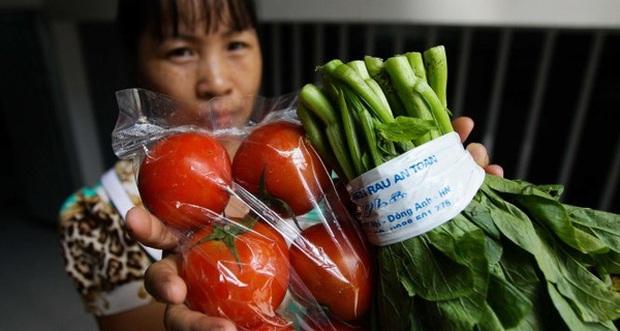 Mỗi ngày, 10 triệu dân thủ đô ăn 1.000 tấn thịt, 600 tấn cá, 3.200 tấn rau nhưng chỉ có 7 điểm bán đồ chuẩn - Ảnh 1.