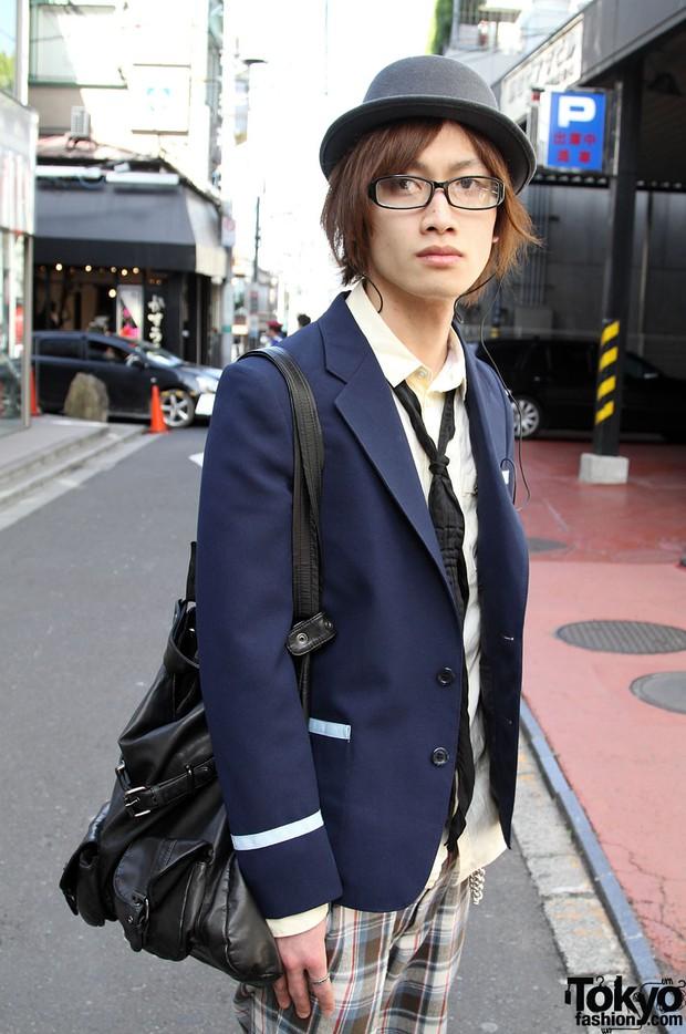 Giải mã sức hút vạn người mê từ phong cách thời trang của nam sinh Nhật - Ảnh 19.