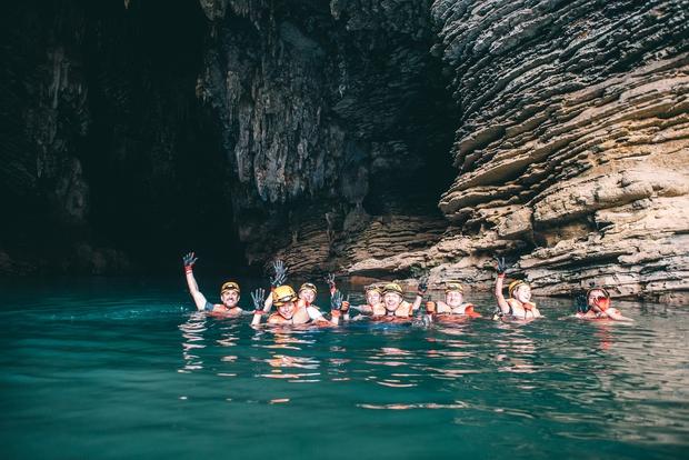 Không chỉ Sơn Đoòng, Quảng Bình còn có một hang động khác hoang sơ và đẹp đến ngạt thở! - Ảnh 20.