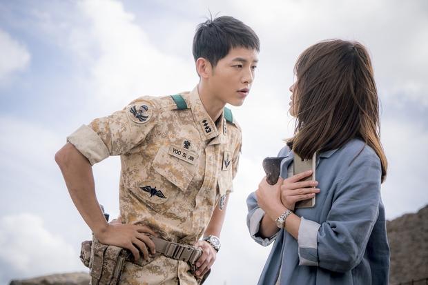 Mấu chốt phong cách giúp Song Joong Ki lột xác thành chàng quân nhân hớp hồn fan nữ - Ảnh 21.