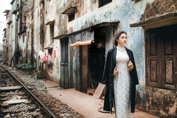 Hương Giang Idol diện áo dài, hóa phụ nữ Hà Nội xưa - Ảnh 10.