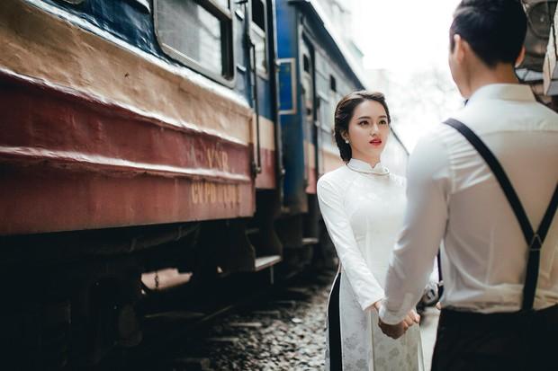 Hương Giang Idol diện áo dài, hóa phụ nữ Hà Nội xưa - Ảnh 4.