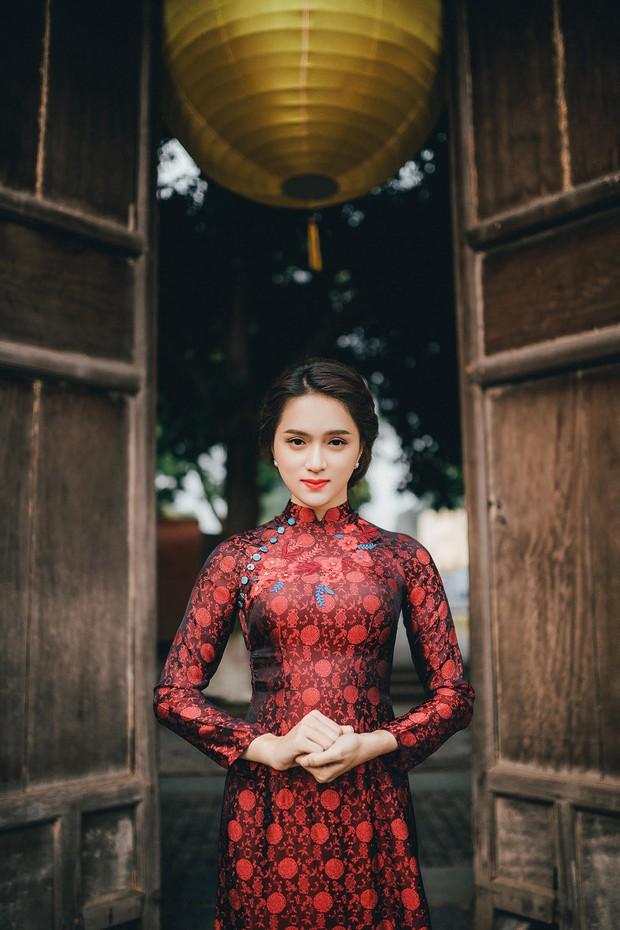 Hương Giang Idol diện áo dài, hóa phụ nữ Hà Nội xưa - Ảnh 3.