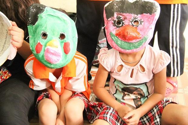 Các bạn sinh viên Hà Nội mang nghệ thuật tuổi thơ đến cho các bạn nhỏ - Ảnh 5.