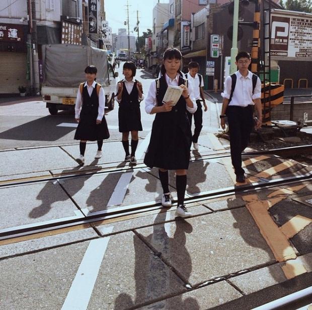 Giải mã sức hút vạn người mê từ phong cách thời trang của nam sinh Nhật - Ảnh 16.
