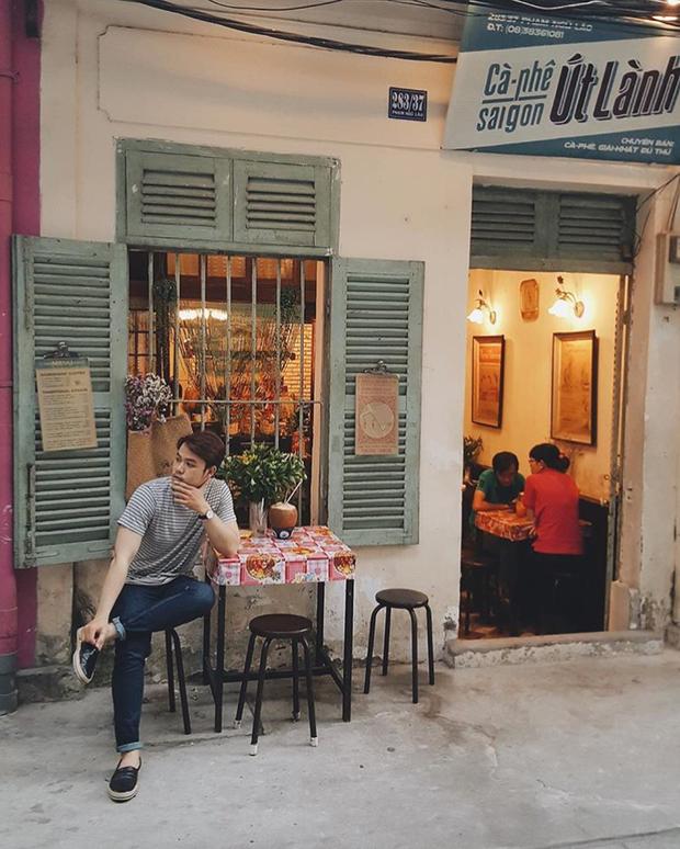 Trung Thu, đi ngay những quán cà phê retro ở Sài Gòn cho hợp không khí hoài cổ nào - Ảnh 8.