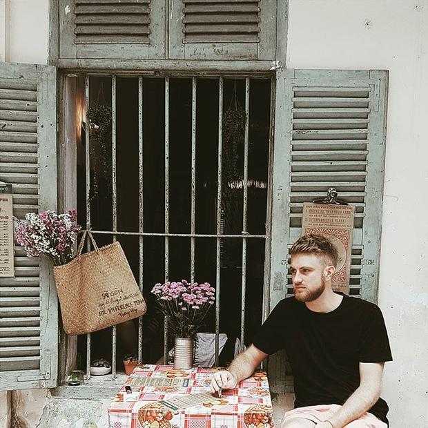 Trung Thu, đi ngay những quán cà phê retro ở Sài Gòn cho hợp không khí hoài cổ nào - Ảnh 10.