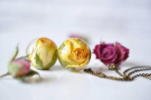 Làm dịu nắng hè cùng bộ sưu tập trang sức hoa cỏ tươi mát - Ảnh 10.