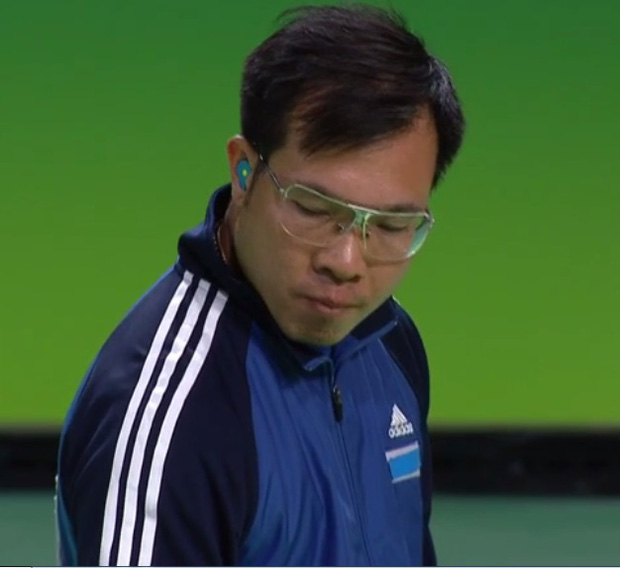 Xúc động khoảnh khắc quốc ca Việt Nam vang lên trên đỉnh Olympic - Ảnh 5.