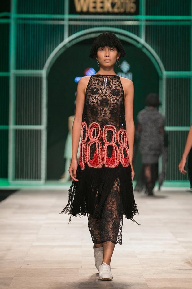 Hoa khôi Nam Em mở màn Tinh khôi - BST cuối cùng của Vietnam International Fashion Week - Ảnh 41.