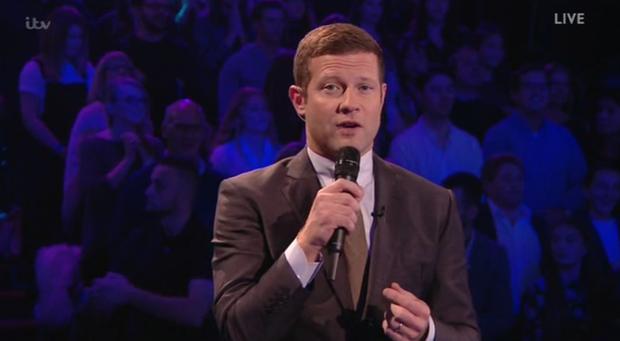Thí sinh X-Factor Anh buột miệng chửi thề trên sóng truyền hình - Ảnh 3.