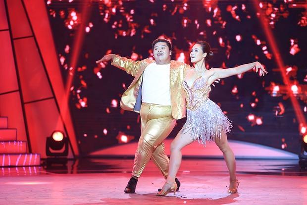 Bước nhảy ngàn cân: Đàm Vĩnh Hưng bênh vực con người thật của Phạm Hương - Ảnh 24.