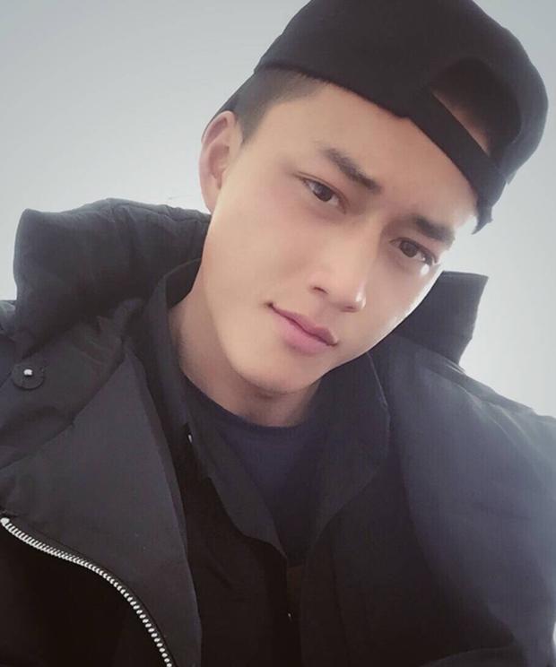 Soái ca quân nhân phiên bản Trung Quốc được khen đẹp trai hơn cả Song Joong Ki - Ảnh 7.