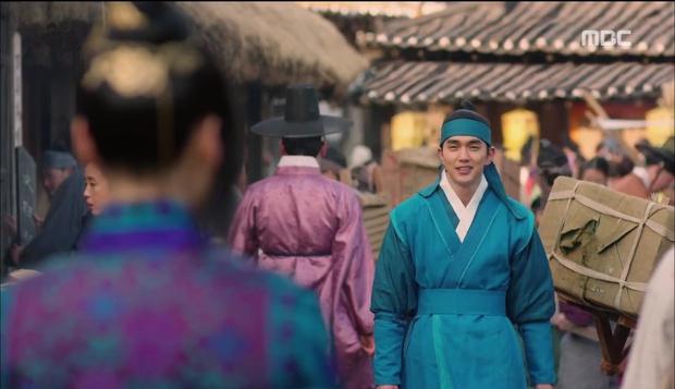 Nữ phụ Quân Chủ bị Yoo Seung Ho cho ăn dưa bở, thiên hạ cực hả hê! - Ảnh 2.