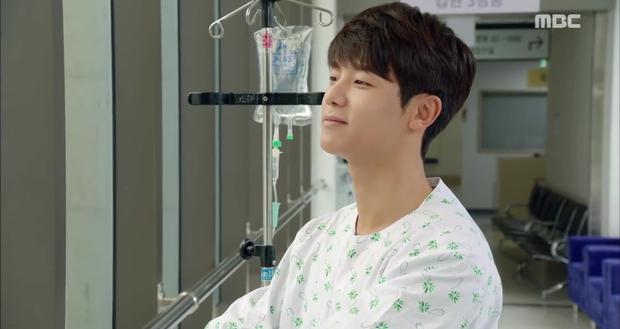 Rùng mình xem cách bác sĩ Hàn Quốc tỏ tình bằng... ống nghe - Ảnh 9.