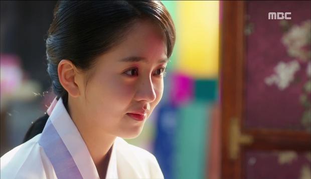 Nữ phụ Quân Chủ bị Yoo Seung Ho cho ăn dưa bở, thiên hạ cực hả hê! - Ảnh 11.