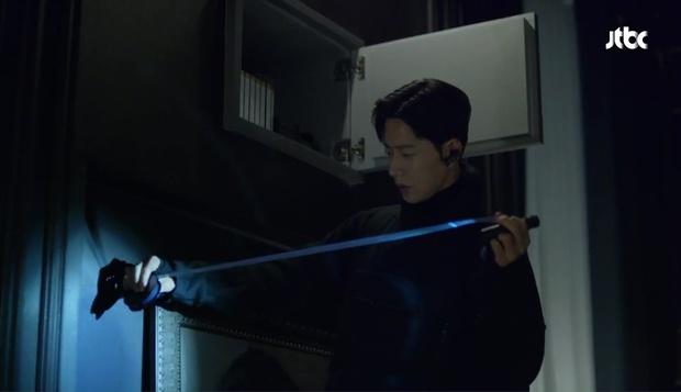 Park Hae Jin khóc tức tưởi vì mất đi một người quan trọng trong Man to Man - Ảnh 19.