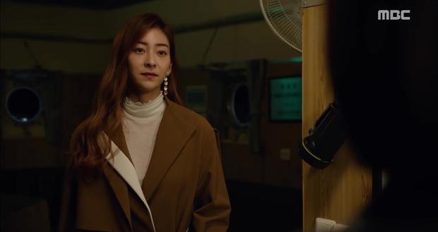 Rùng mình xem cách bác sĩ Hàn Quốc tỏ tình bằng... ống nghe - Ảnh 5.