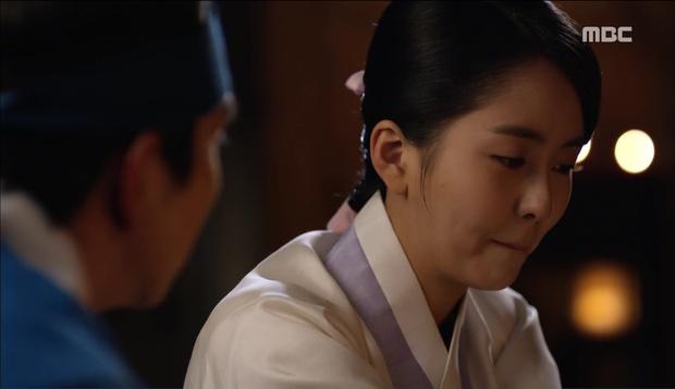 Nữ phụ Quân Chủ bị Yoo Seung Ho cho ăn dưa bở, thiên hạ cực hả hê! - Ảnh 22.