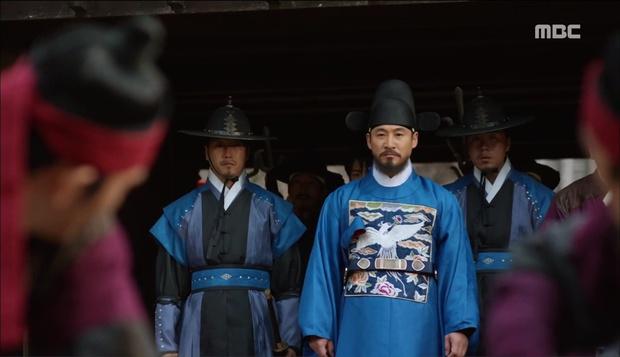 Nữ phụ Quân Chủ bị Yoo Seung Ho cho ăn dưa bở, thiên hạ cực hả hê! - Ảnh 28.