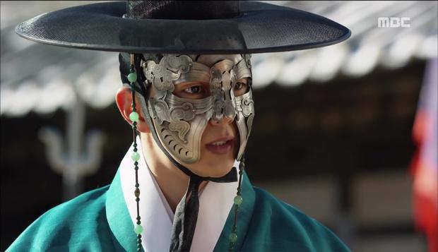Nữ phụ Quân Chủ bị Yoo Seung Ho cho ăn dưa bở, thiên hạ cực hả hê! - Ảnh 32.