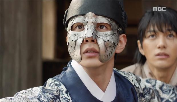 Nữ phụ Quân Chủ bị Yoo Seung Ho cho ăn dưa bở, thiên hạ cực hả hê! - Ảnh 42.