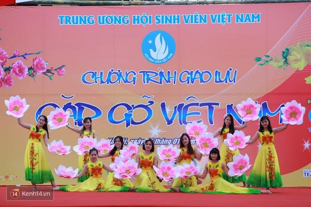 Gặp gỡ Việt Nam: Một buổi giao lưu cực vui của du học sinh nước ngoài tại Việt Nam trước Tết! - Ảnh 1.