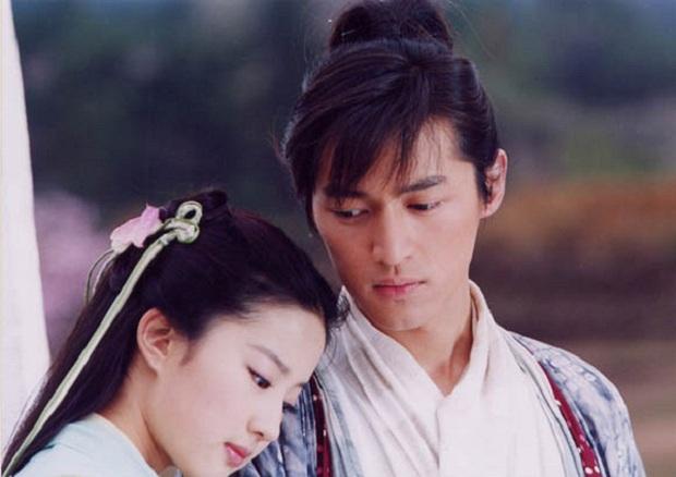 """Hồ Ca – Địch Lệ Nhiệt Ba: Hai """"thánh nhọ mút mùa ở màn ảnh Hoa ngữ - Ảnh 2."""