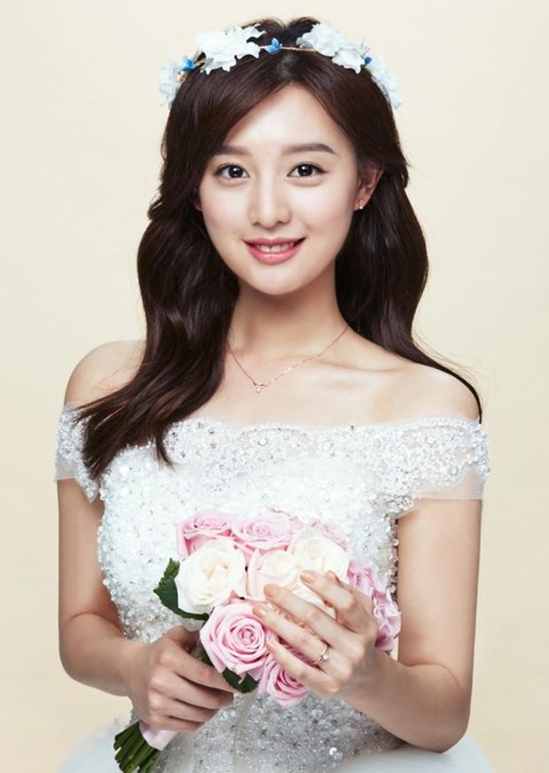Kim Ji Won - Mỹ nhân sở hữu gương mặt thiên thần chuyên trị vai đanh đá - Ảnh 1.