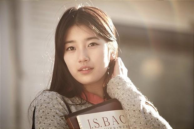 Tình đầu quốc dân Son Ye Jin ngày ấy: Quả là nữ thần của mọi nữ thần, Suzy chỉ đáng xách dép! - Ảnh 1.
