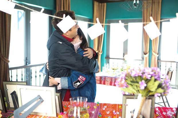 Hết sinh nhật bất ngờ, Ngô Kiến Huy lại khiến Khổng Tú Quỳnh bật khóc vì món quà này! - Ảnh 4.