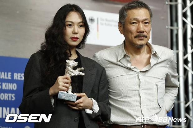Kim Min Hee thắng lớn nhờ phim của tình già tại LHP Berlin - Ảnh 2.