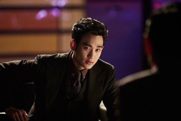 Hôn Kim Soo Hyun, Sulli thoả mãn tuyệt đối - Ảnh 2.