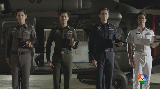 Mê Hậu Duệ Mặt Trời nhưng Thủ tướng Thái Lan vẫn chưa xem bản phim của nước mình - Ảnh 3.