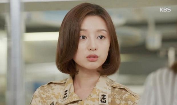 Kim Ji Won - Mỹ nhân sở hữu gương mặt thiên thần chuyên trị vai đanh đá - Ảnh 15.