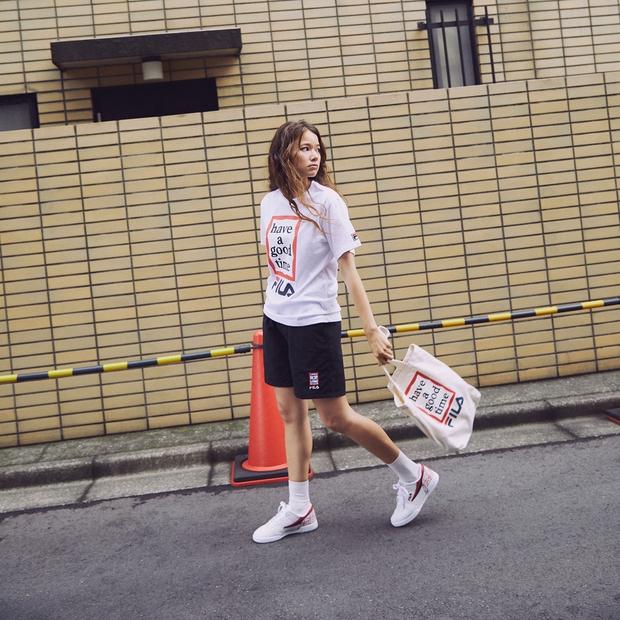 Giới trẻ châu Á người người nhà nhà đang diện T-shirt và sneaker Fila chất phát ngất ra sao? - Ảnh 3.