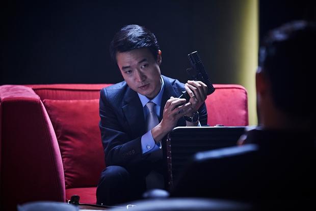 Song Joong Ki và Sulli chặt chém nhau với loạt thính nhá hàng bom tấn hè này - Ảnh 4.