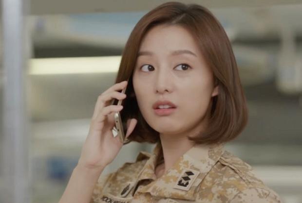 Kim Ji Won - Mỹ nhân sở hữu gương mặt thiên thần chuyên trị vai đanh đá - Ảnh 16.