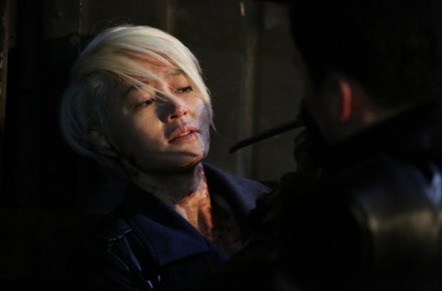 Điện ảnh Hàn 2018: Lại một năm ngập lụt bom tấn nói về đàn ông - Ảnh 6.