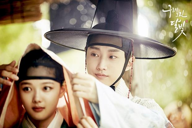 Bằng chứng chứng minh 5 nam chính phim Hàn này có bệnh về mắt cực nặng - Ảnh 4.