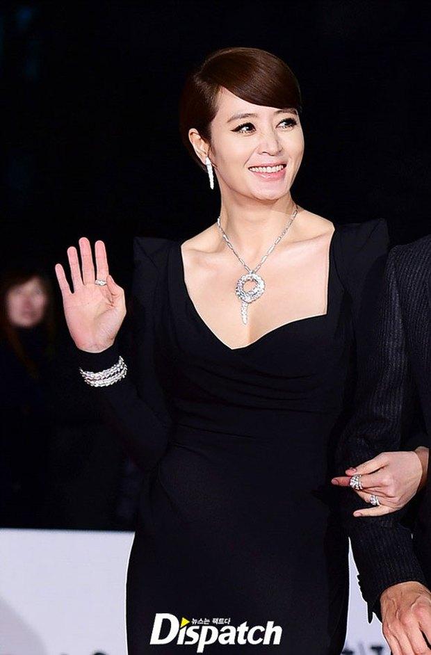 """5 scandal """"làm màu"""" đáng chê cười nhất của màn ảnh Hàn Quốc - Ảnh 6."""