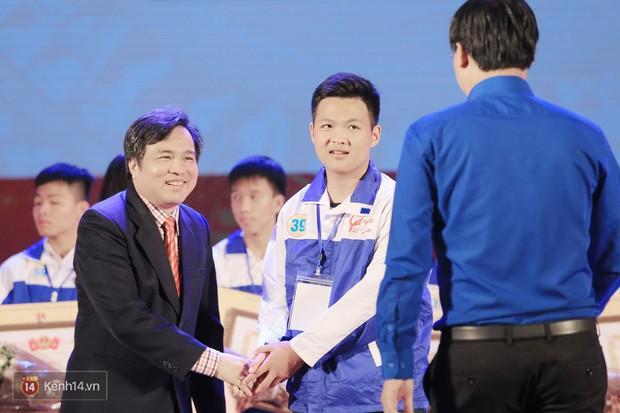 Cuộc thi Tự hào Việt Nam 2017 gọi tên quán quân Hà Việt Hoàng - Ảnh 7.