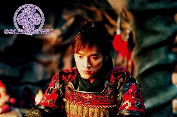 """Hồ Ca – Địch Lệ Nhiệt Ba: Hai """"thánh nhọ mút mùa ở màn ảnh Hoa ngữ - Ảnh 8."""