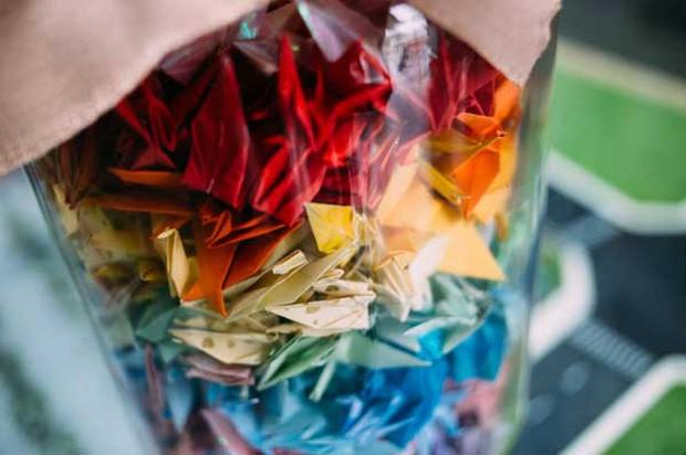 Trường Lương Thế Vinh đẹp như cổ tích với hàng nghìn con hạc giấy gửi đến thầy Văn Như Cương - Ảnh 6.