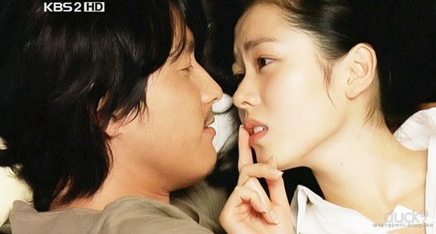 Tình đầu quốc dân Son Ye Jin ngày ấy: Quả là nữ thần của mọi nữ thần, Suzy chỉ đáng xách dép! - Ảnh 10.