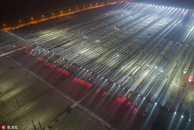 Hãy xem các nhà ga Trung Quốc chuẩn bị để ứng chiến với cuộc đại di cư mùa Tết như thế nào - Ảnh 1.