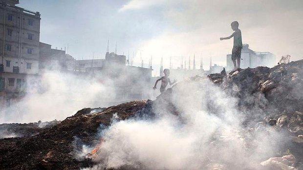 Những bức ảnh sẽ khiến bạn rùng mình trước thực trạng ô nhiễm môi trường trên toàn thế giới - Ảnh 1.