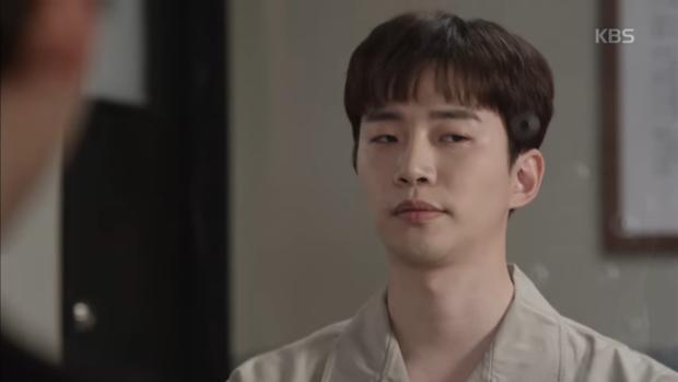 """""""Sếp Kim"""": Diện vest bảnh bao, Nam Goong Min và Jun Ho """"song kiếm hợp bích"""" - Ảnh 1."""